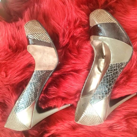 Multi-Pattern Grey Heels